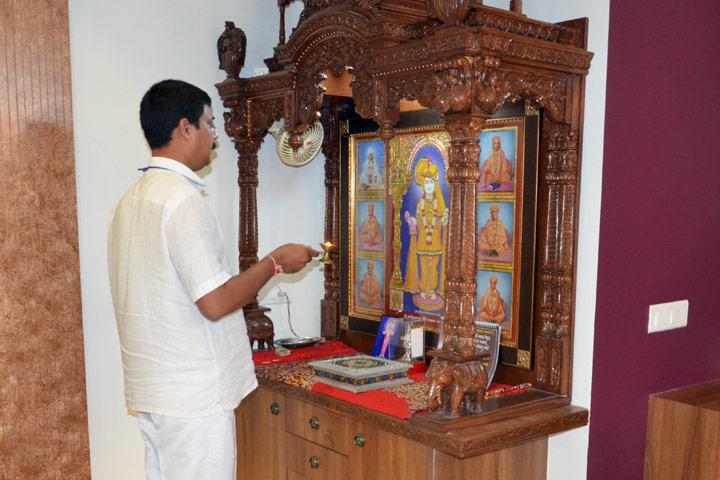 Pure Upasana Devotees' Homes
